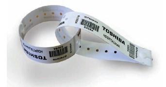 Etiqueta Toshiba para identificación bolsas de sangre y fluidos. 8 rollos/caja